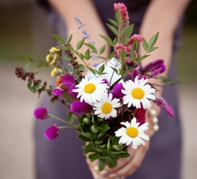 rustic bouquet with wildflowers
