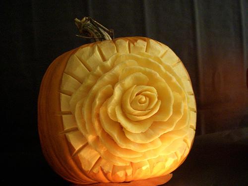 Amazing pumpkin carvings featuring flowers grower