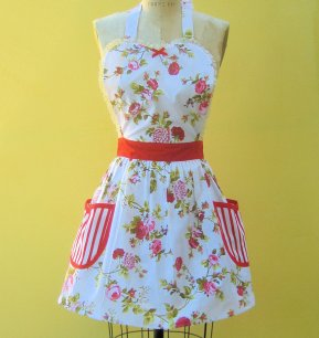 retro women's floral apron from Etsy