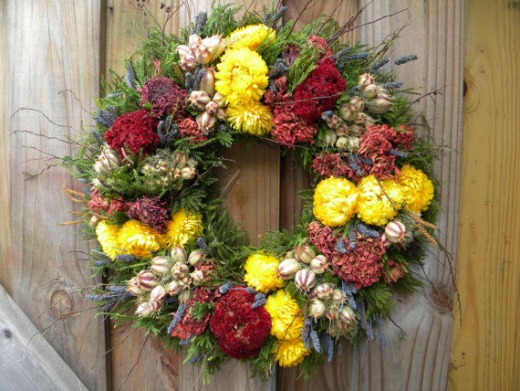 Here s how to make your very own dried flower wreath