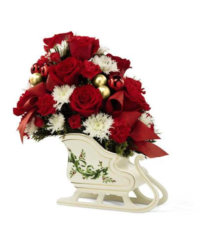 christmas centerpiece fantasy sleigh bouquet
