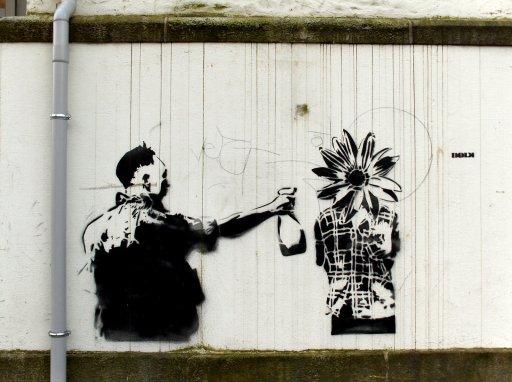 Dolk flower graffiti