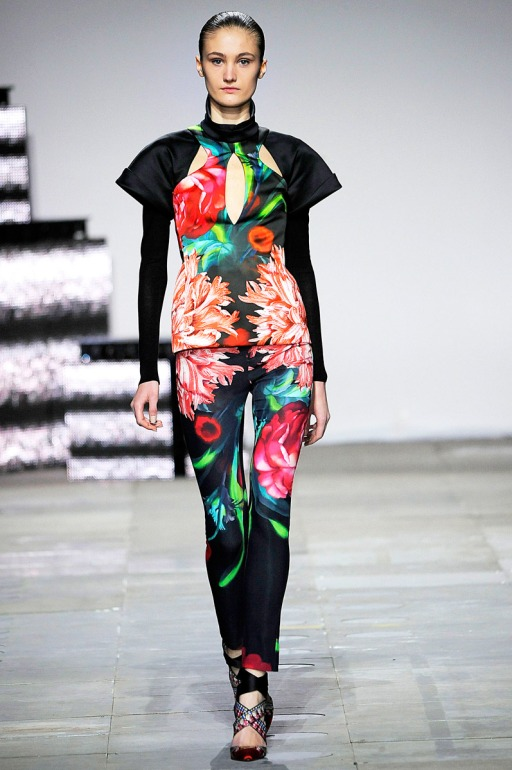 winter fashion trend, florals