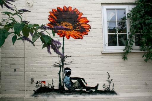 Grafter flower graffiti