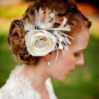 floral fascinator for brides