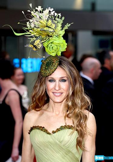 Jessica Parker in green fascinator