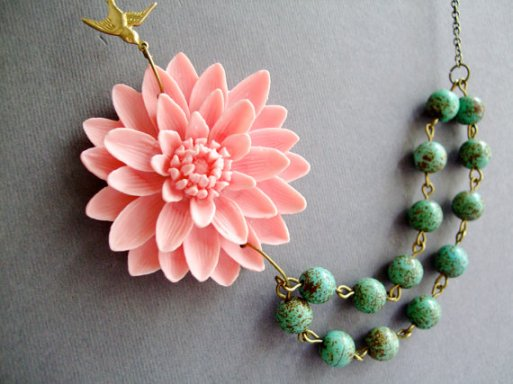 flower necklace from Etsy