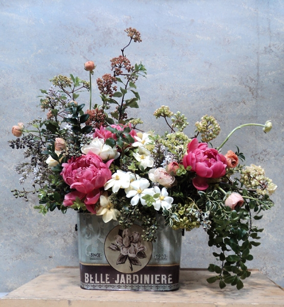 Trend Alert: Vintage Containers for Flowers | Grower Direct Fresh Cut ...