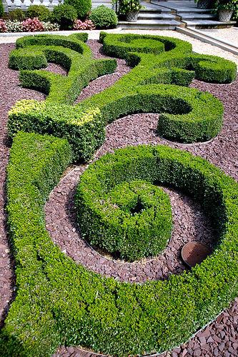 topiary example