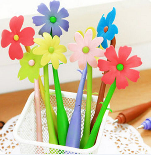Flower Pen. Purchase http://www.ebay.ca/itm/FD1309-Sweet-Lucky-Flora-Flower-Pen-Ballpoint-Pen-Stationery-Ring-Random-1pc-/271941141455?hash=item3f50f483cf