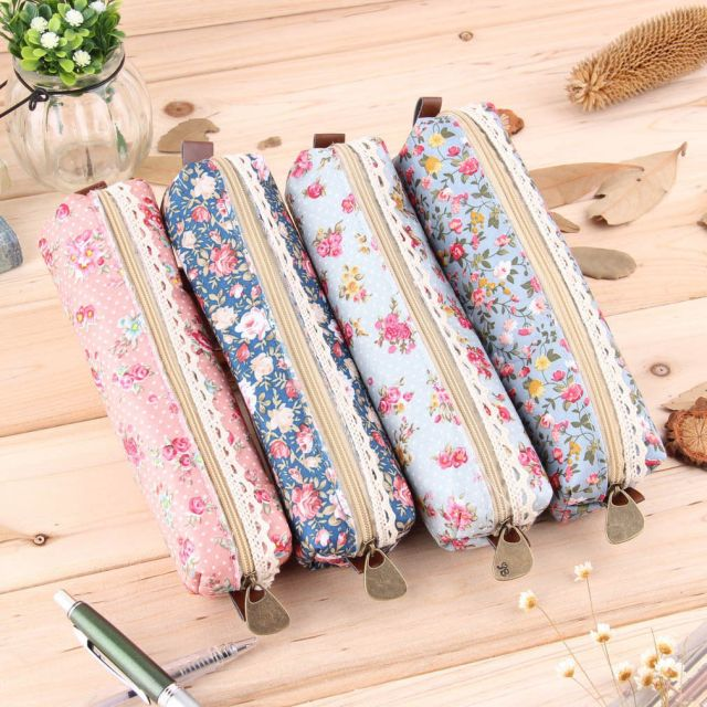 Floral Pencil Case. Purchase http://www.ebay.ca/itm/Girls-Flower-Lace-Floral-Pencil-Case-Pen-Bag-Purse-Cosmetic-Makeup-Pouch-Bag-F5-/291347151406?var=&hash=item43d5a4ba2e