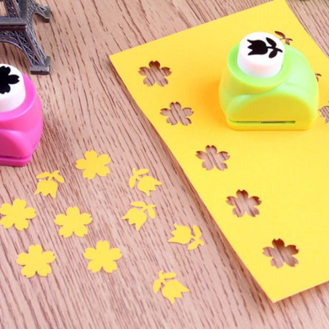 Flower Punch. Purchase http://www.ebay.ca/itm/1pcs-Printing-Paper-Hand-Shaper-Scrapbook-Tags-Cards-Craft-DIY-Punch-Cutter-/331532960359?var=&hash=item4d30e78267